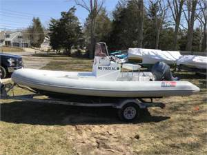 17 RIB Hunt HBI Hard Bottom Inflatable Coach Boat